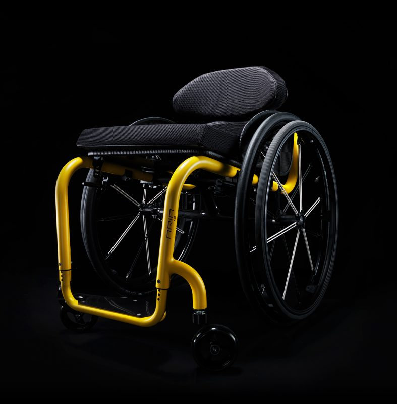 The Aria 1.0 is a 100% manually assembled product. Its fold-able backrest and rigid magnesium alloy frame, make it ideal for active users