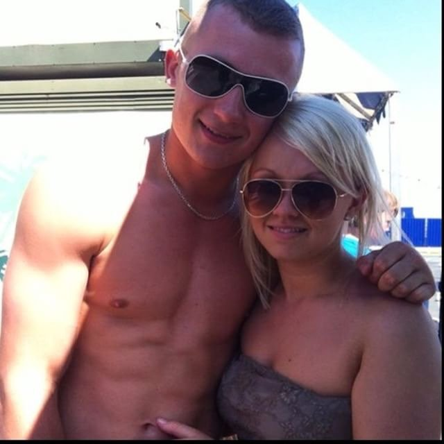 Alex Toon case study image of him and his girlfriend enjoying their holiday