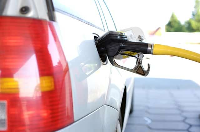 Easy refuelling for disabled drivers